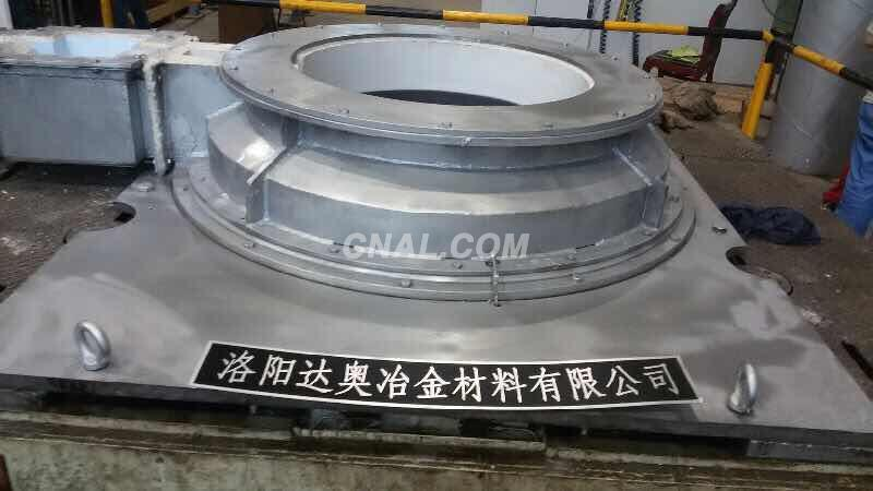 Hard alloy large-diameter billet mould