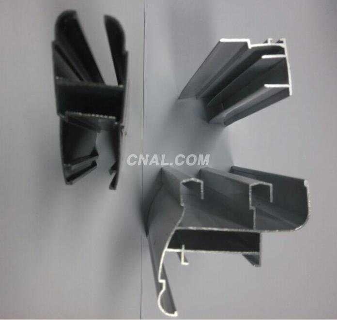 China Linyi aluminum profile to Ghana